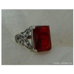 c8c0bdacf33b67 Pierścionek srebrny z rubinem - VERSO, kolor czerwony
