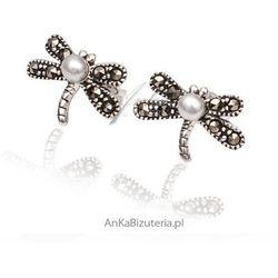 ankabizuteria.pl Biżuteria kolczyki srebrne ważka śnieżnobiała perełka oraz