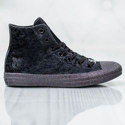 Converse x Miley Cyrus Chuck Taylor All Star 563723C