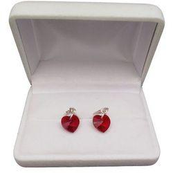 Kolczyki srebrne z czerwonym kryształem w kształcie serca o długości 3 cm SKK17