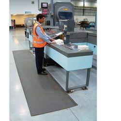 Mata piankowa z utwardzaną powierzchnią PVC, szerokość 90 cm, 5m rolka
